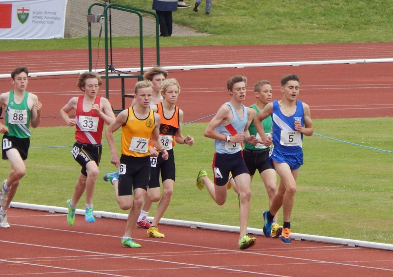 The Pack - 1500m Heat 2